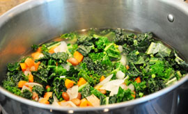 Delicious Kale and Pinto Bean Soup Delicious Kale and Pinto Bean Soup